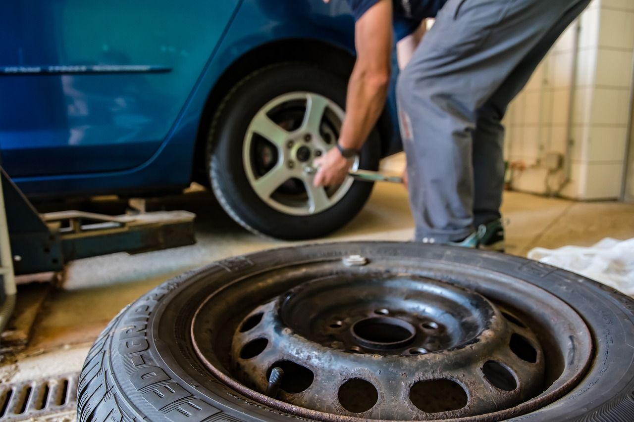 maintenance car tyres